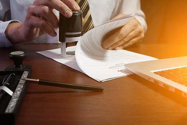 Заверение переводчиков и присяжных нотариусов